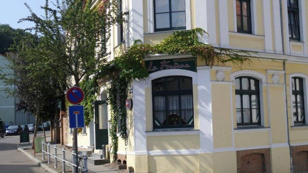 La Fontana Ristorante - italienisches Restaurant in Bad Freienwalde - Eingang